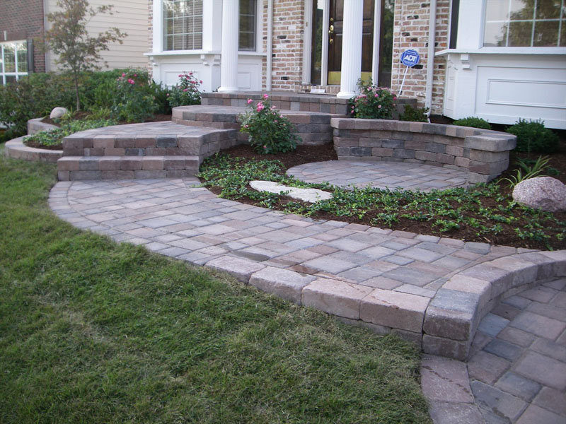 View More: http://schmittslandscapecompany.pass.us/front-landscapes